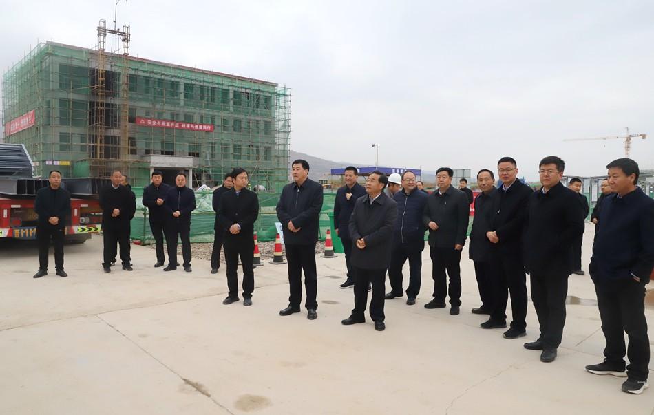 清水县党政代表团参观考察武山县特色项目建设